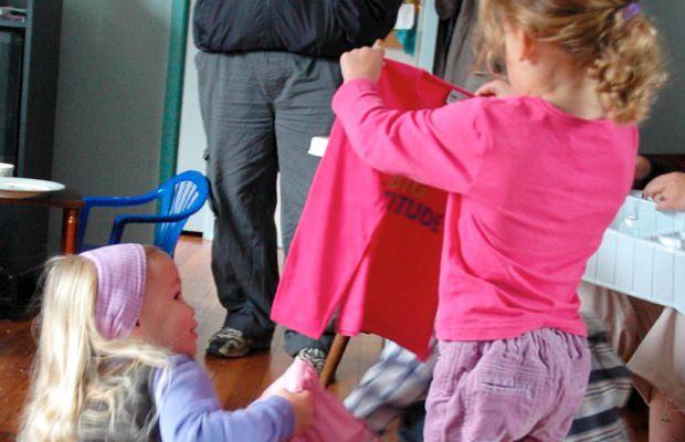 come-vestire-i-bambini-per-andare-a-scuola